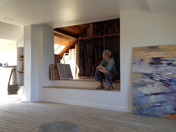 Claire Bianchi dans son atelier . Photo Pascal Pinon